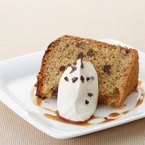 〈キハチ カフェ〉【今月のおすすめメニュー】白胡麻と小豆のシフォン